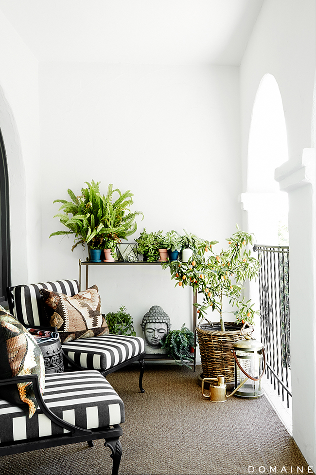 Stripes In Interior Especially Striped Wallpapers Adds Efortlessly More Joy Originality And Happiness To