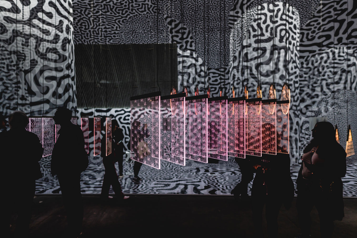 Best installations seen during milan design week 2019 - DAI NIPPON PRINTING