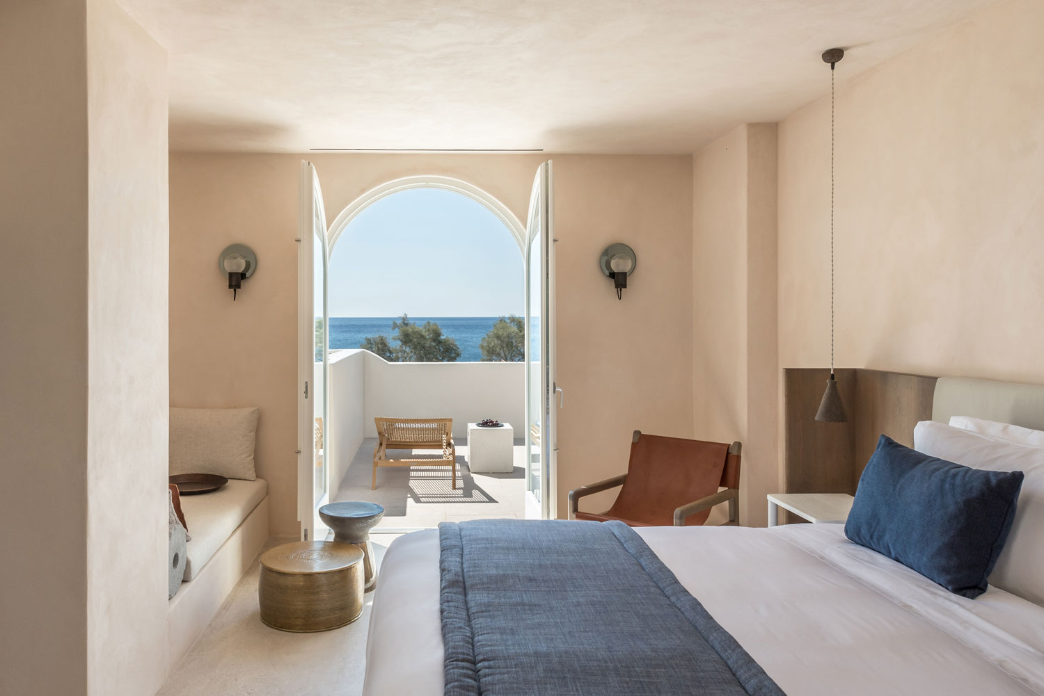ISTORIA Boutique Hotel In Santorini - When Holistic Approach Tells A Story - WWW.AUTHENTICINTERIOR.COM design studio & blog Boutique Hotel | Interior design | Interior decor | Hotels in Santorini | Holistic Approach | Interior decoration | Interior styling