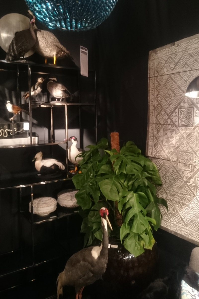 Interior-design-blog-authentic-interior-black-interior-maison&objet