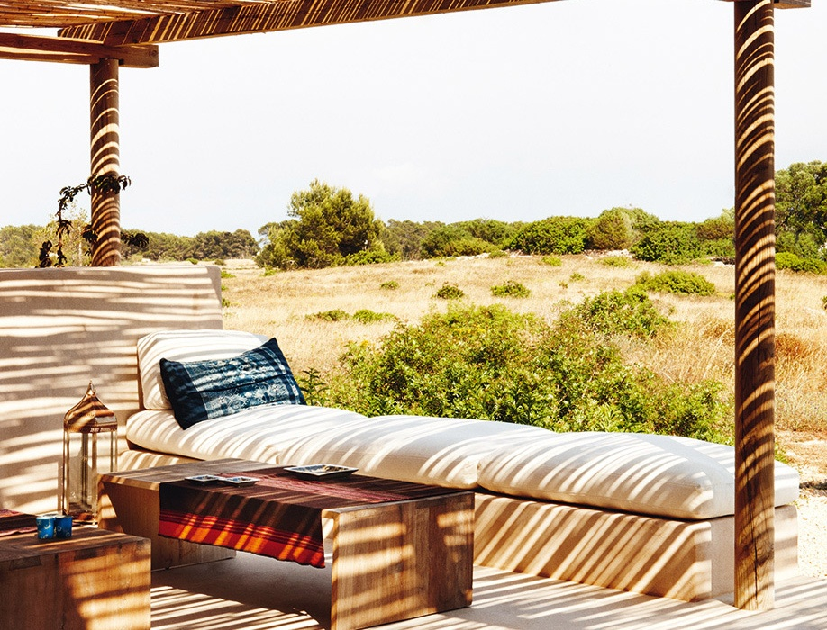 Home Tour: Sweet Siesta in This Formentera Authentic Home