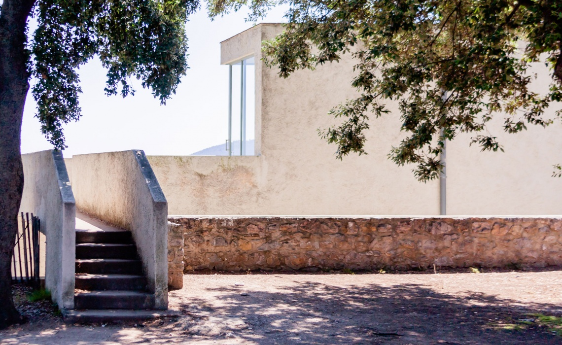 Villa Noailles – 100 Year Modernist Villa And 2019 Trends