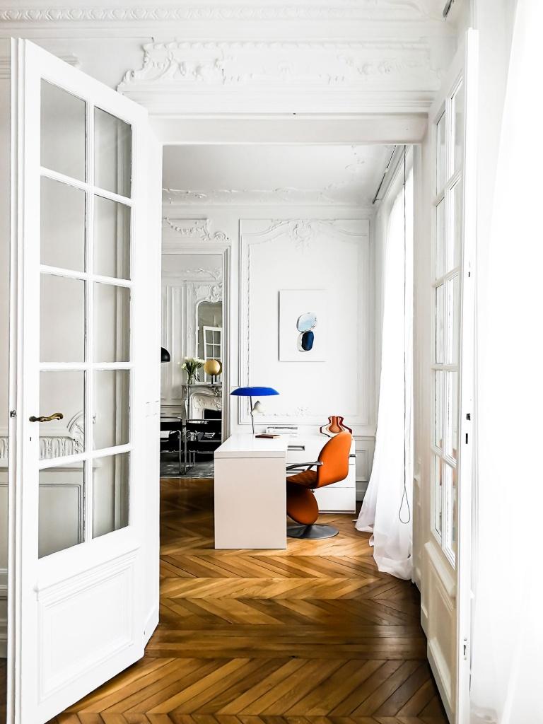 Interjero dizaineris Vilniuje - Darbo kambario interjeras