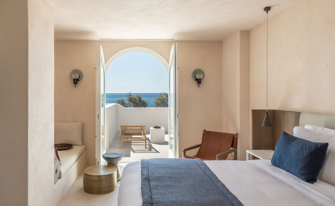 Istoria Boutique Hotel In Santorini – When Holistic Approach Tells A Story
