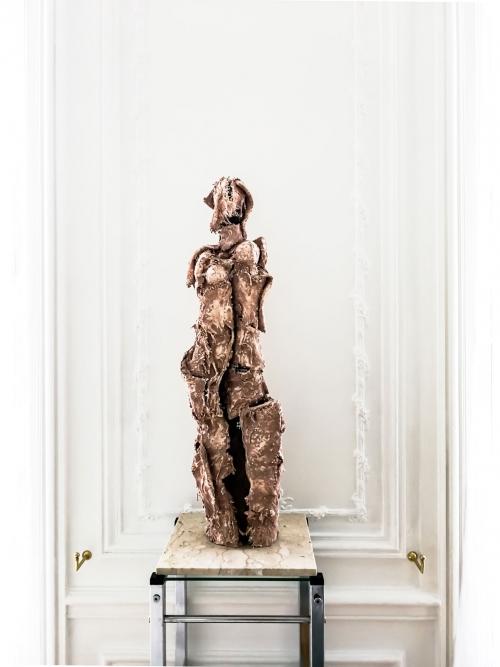 Living room detail - a beautiful, fragile sculpture, whose elegance is revealed by white walls. Interior design in Paris, by Authentic Interior design studio, Aida Sniraite