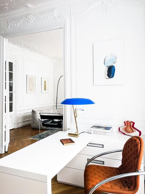 Office space and colourful bookshelves. Interior design in Paris, by Authentic Interior design studio, Aida Sniraite