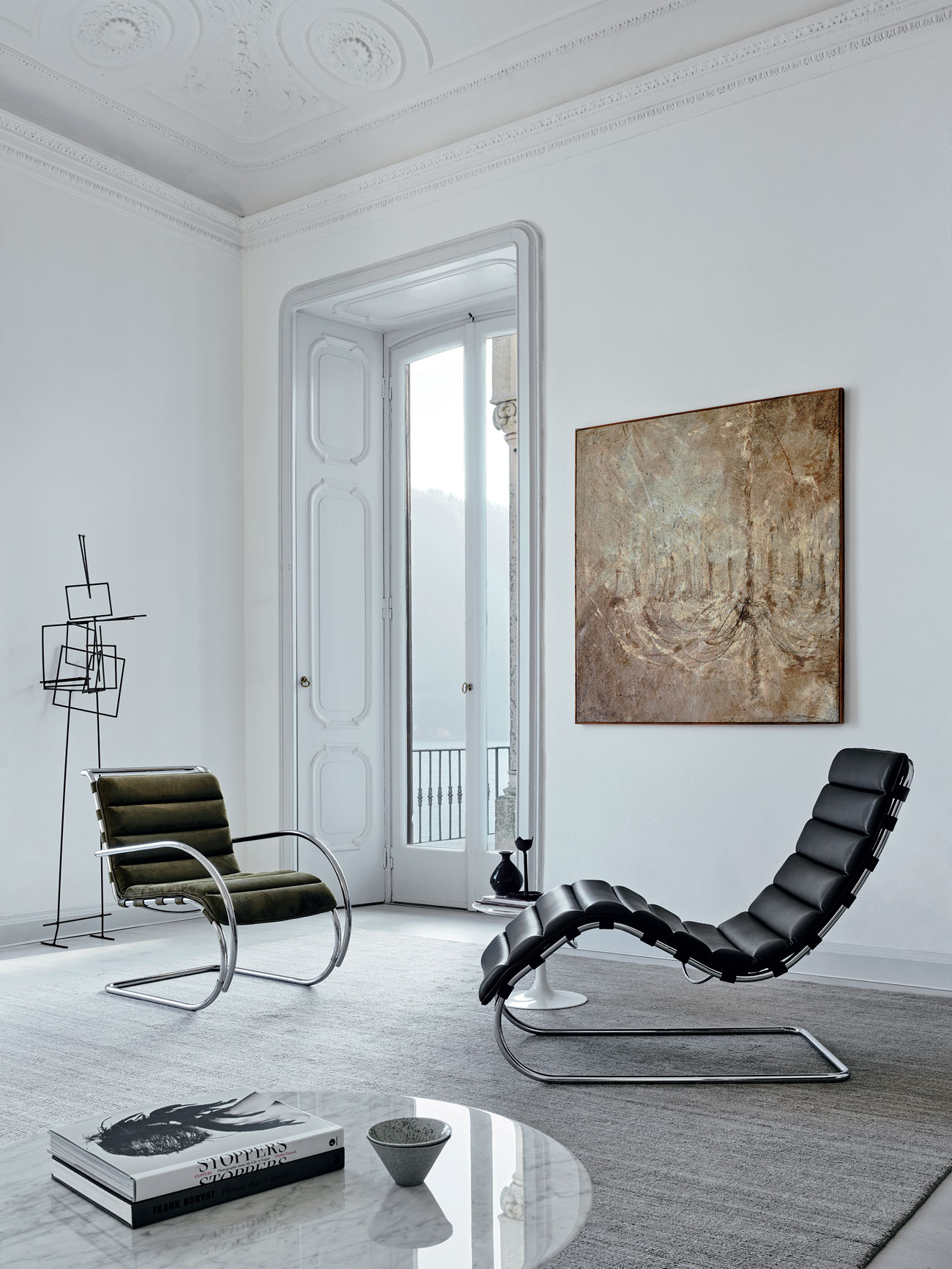 Bauhaus-Inspired-Design-Objects_authentic-interior-8