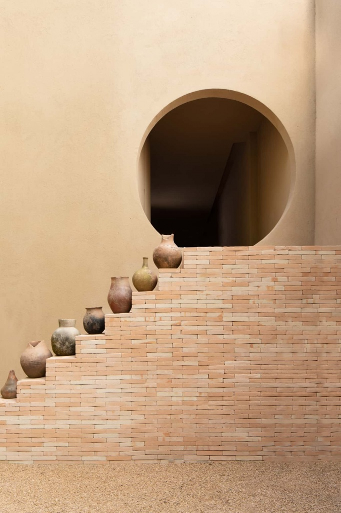 commercial-space_yoga-studio-space_authentic-materials_wellness-space_terracotta-authentic-interior-design-blog